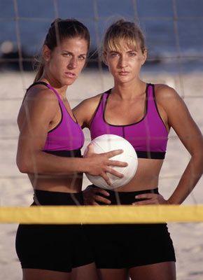 Spor tipiniz: İş yaşantınızdaki konuşkanlığı, takım ruhunu ve sohbetinizi sosyal yaşantınızı da taşıyorsunuz. Spor yaparken potansiyelinizi yakalayabilmek için arkadaşlarınıza ihtiyaç duyuyorsunuz, çünkü yalnız kalmak size göre değil. Bu yüzden voleybol, squash ve tenis gibi grupla yapılan spor türleri sizin için çok uygun. Bu spor dallarında gücünüzün farkına varabilir, takım ruhunuzu ispat edebilir, ustalığınız ve koordinasyon yeteneğinizi sergileyebilirsiniz. Arkadaşlarınızla spor yaparken hem sıkıntılarınızı atacak hem de canlanacaksınız.